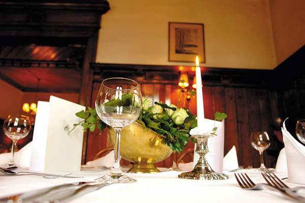 restaurant wendenturm deutsches restaurant braunschweig regionale k che. Black Bedroom Furniture Sets. Home Design Ideas